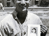 (August 04, 1944) Eugene Kawakami in the 17th General Hospital in Italy, holding a picture of his wife, Gladys.  [Courtesy of Joanne Kai]