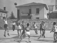442nd basketball team during a game in Italy. [Courtesy of Jane Kurahara]