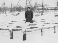 Taken Nov. 29, 1942 at Camp McCoy, Wis.  - Slightly hunched myself.  [Courtesy of Jan Nadamoto]