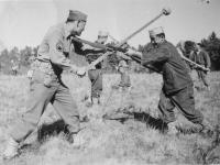 Left: Yoza Yamamoto Right: Lt. Willis.  Lt. Willis giving bayonet instruction. Oct. 1942.  [Courtesy of Rocky Nakahara]
