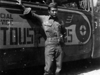 Robert Arakaki in front of an Italian tour bus [Courtesy of Robert Arakaki]