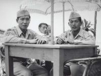 Yutaka Suzuki and Stanley Hamamura at a restaurant in Italy, 1945. [Courtesy of Fumie Hamamura]