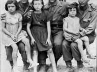 William Takaezu (far right) and friends with Italian children, Italy, September 16, 1944 [Courtesy of Leslie Taniyama] Inscription: Reverse: Sept. 16 '44 In Italy