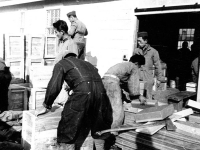 100th Battalion soldiers unload gas masks at Camp McCoy, Wisconsin. [Courtesy of Janice Uchida Sakoda]