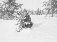 Joe Nakahara plays in the snow at Camp McCoy, Wisconsin, winter 1942. [Courtesy of Velma Nakahara]