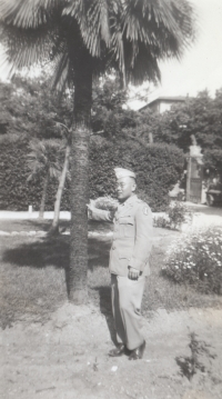 George Aki, early 1940s. (Courtesy of James Aki)