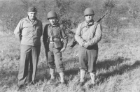 Isaac Kawasaki (center) with fellow officers in the field. [Courtesy of Bob Kainuma]